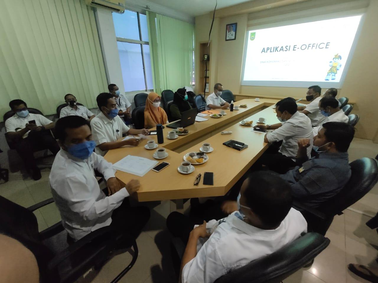 Sosialisasi e-Office di Dinas Lingkungan Hidup Kota Batam