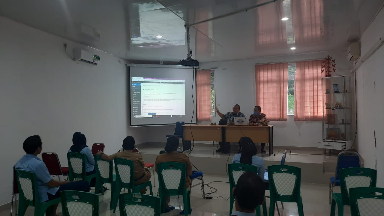 Kunjungan IT Support Diskominfo Batam ke Dinas Sosial dan Pemberdayaan Masyarakat Kota Batam